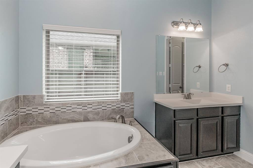 5100 Ember  Place, Little Elm, Texas 76227 - acquisto real estate best designer and realtor hannah ewing kind realtor