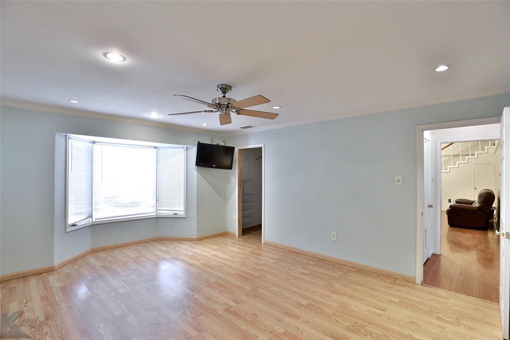 1600 Kiowa  Drive, Big Spring, Texas 79720 - acquisto real estate best photos for luxury listings amy gasperini quick sale real estate