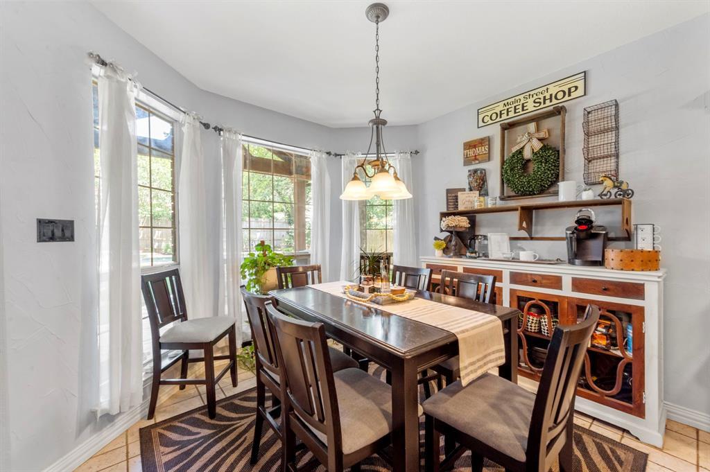 8324 Thorncrest  Court, North Richland Hills, Texas 76182 - acquisto real estate best luxury buyers agent in texas shana acquisto inheritance realtor