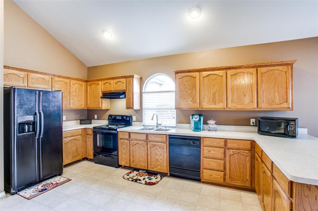 10628 Ashmore  Drive, Fort Worth, Texas 76131 - acquisto real estate best highland park realtor amy gasperini fast real estate service