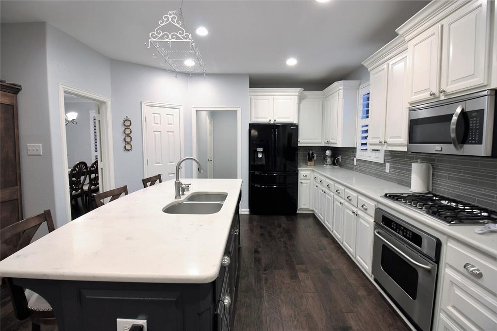 7109 New Bury  Court, Rowlett, Texas 75089 - acquisto real estate best photos for luxury listings amy gasperini quick sale real estate
