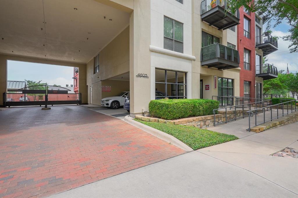 4605 Cedar Springs  Road, Dallas, Texas 75219 - acquisto real estate best realtor dfw jody daley liberty high school realtor
