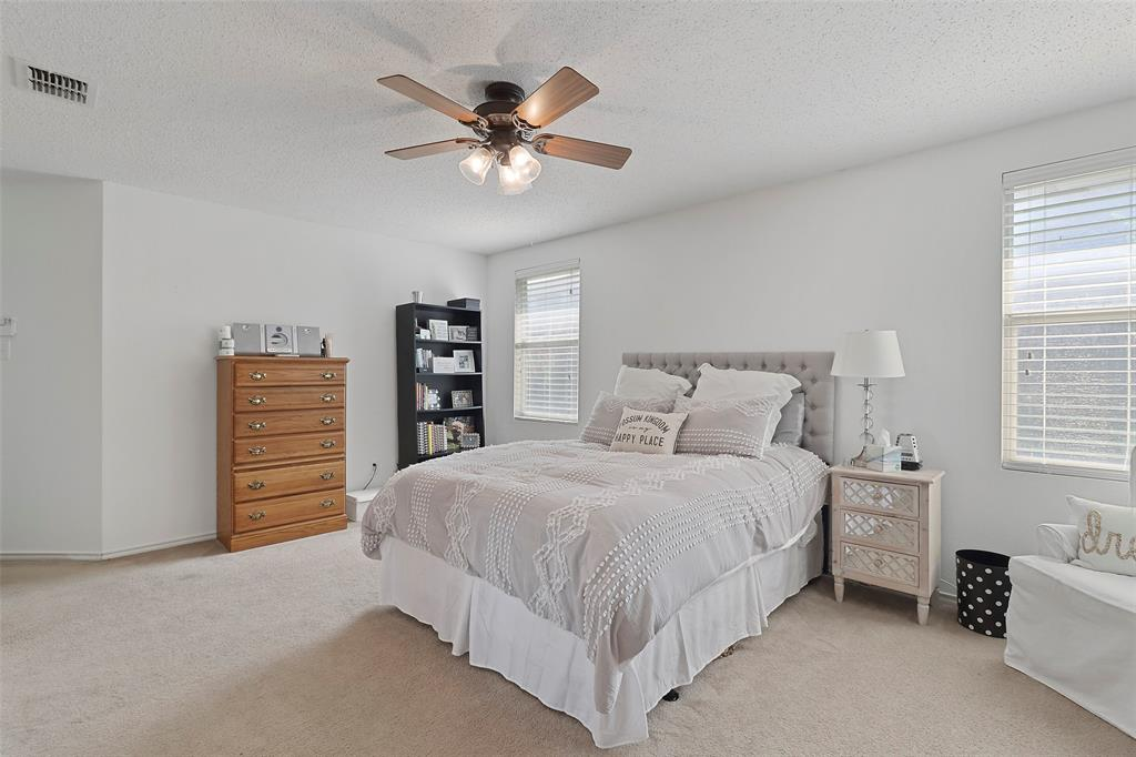 16600 Jasmine Springs  Drive, Fort Worth, Texas 76247 - acquisto real estate best park cities realtor kim miller best staging agent