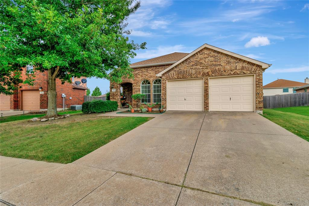 105 Wandering  Drive, Forney, Texas 75126 - acquisto real estate best allen realtor kim miller hunters creek expert
