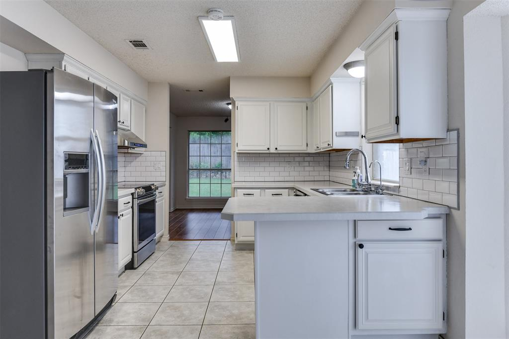 2107 Havenwood  Drive, Arlington, Texas 76018 - acquisto real estate best allen realtor kim miller hunters creek expert