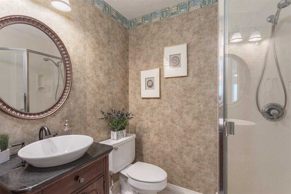 9432 Abbey  Road, Irving, Texas 75063 - acquisto real estate best photos for luxury listings amy gasperini quick sale real estate