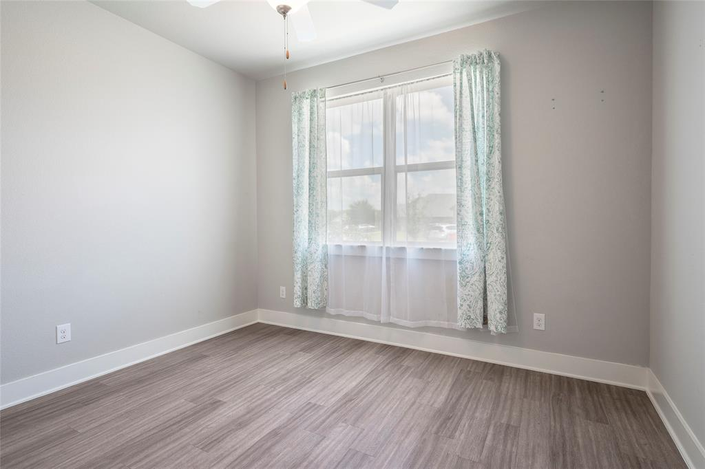 9 Bluebird  Lane, Sanger, Texas 76266 - acquisto real estate best realtor dallas texas linda miller agent for cultural buyers