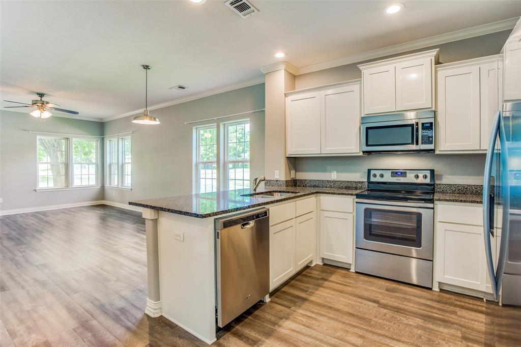 600 Johnson  Street, Denison, Texas 75020 - acquisto real estate best listing agent in the nation shana acquisto estate realtor