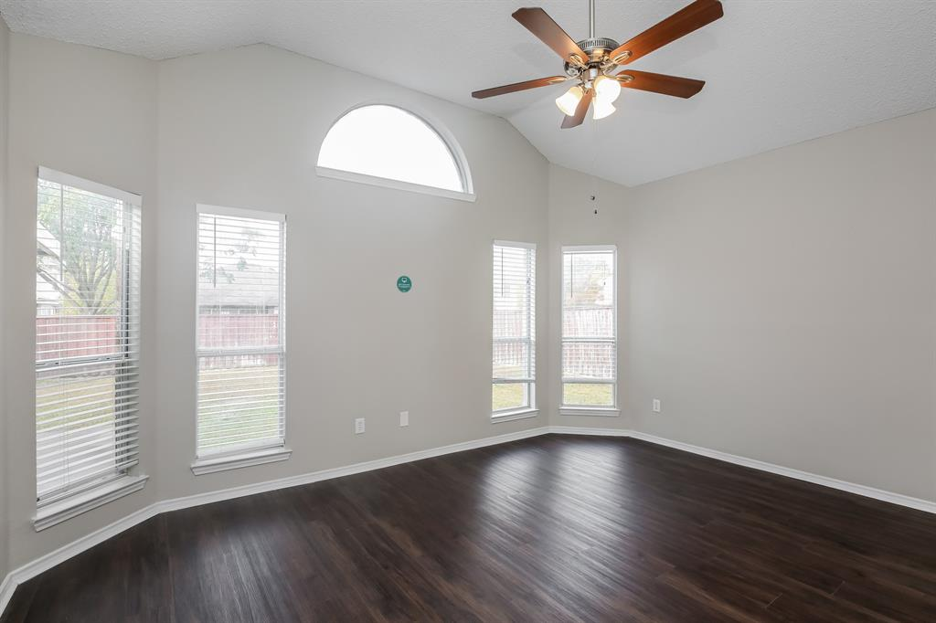 1615 Mayfair  Drive, Mesquite, Texas 75149 - acquisto real estate best real estate company to work for