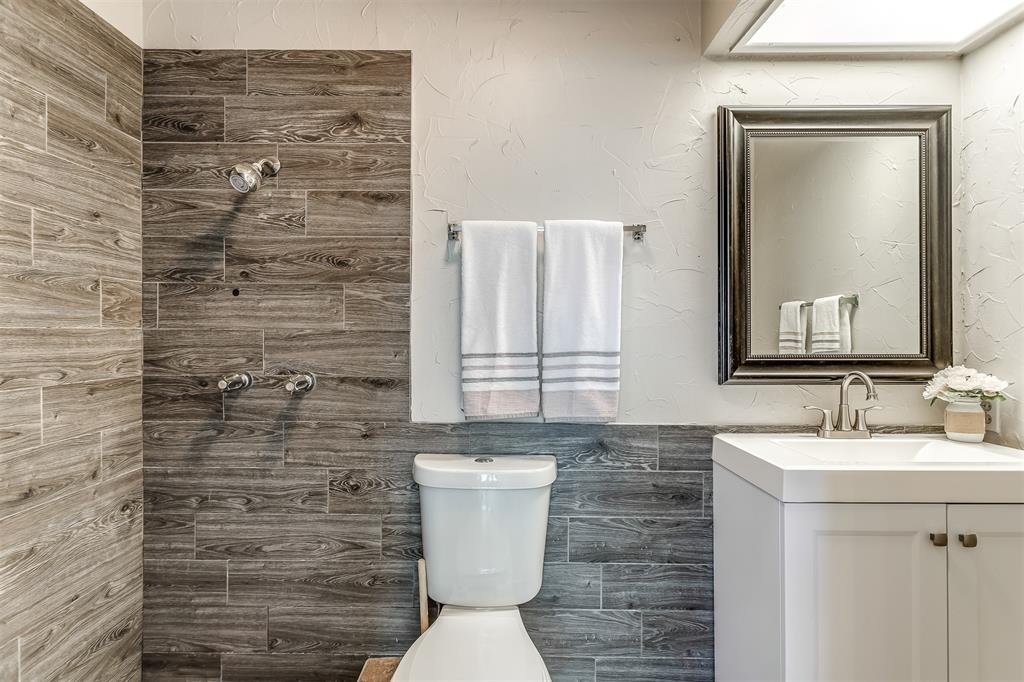 3036 Silverton  Drive, Dallas, Texas 75229 - acquisto real estate best realtor dfw jody daley liberty high school realtor