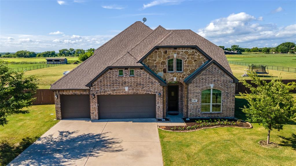306 The Trails  Drive, Blue Ridge, Texas 75424 - Acquisto Real Estate best plano realtor mike Shepherd home owners association expert