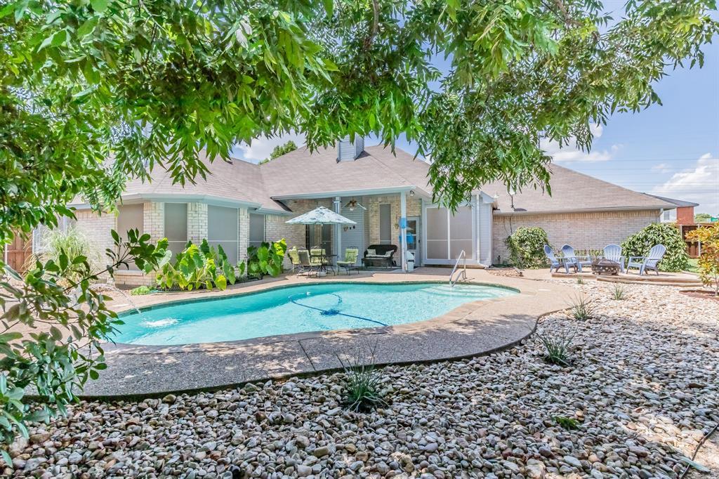 201 Jaime Jack  Drive, Grand Prairie, Texas 75052 - acquisto real estate best looking realtor in america shana acquisto