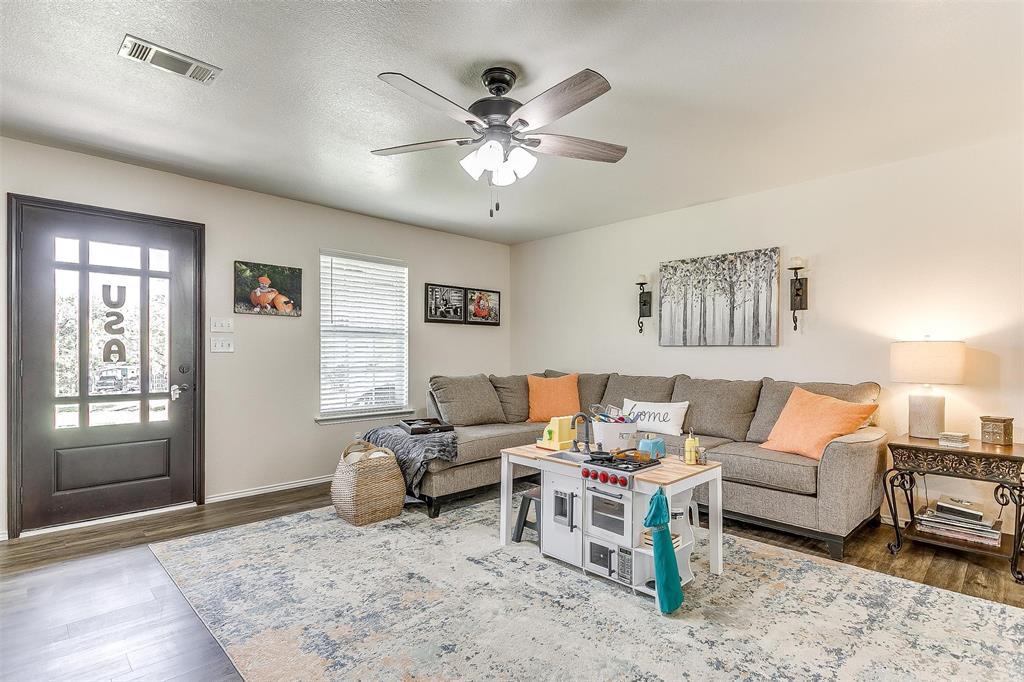 324 Howard  Road, Weatherford, Texas 76088 - acquisto real estate best prosper realtor susan cancemi windfarms realtor