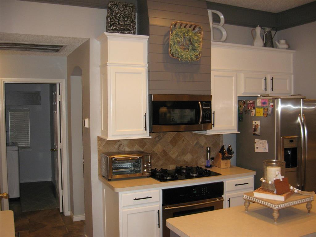 2215 Richmond  Circle, Mansfield, Texas 76063 - acquisto real estate best celina realtor logan lawrence best dressed realtor