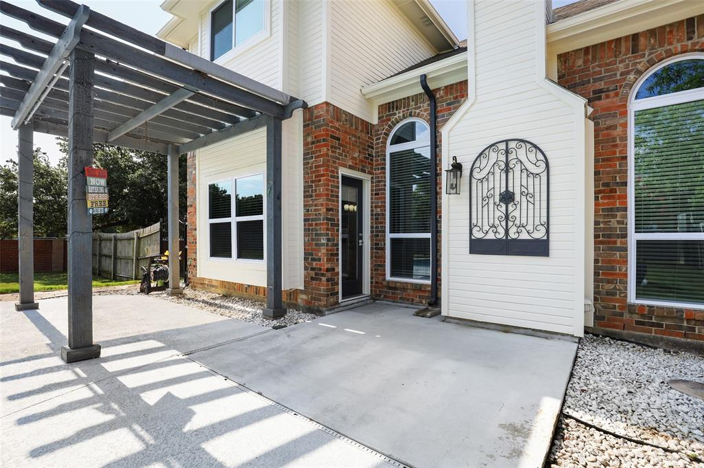 2353 Leafy Glen  Court, Bedford, Texas 76022 - acquisto real estate best realtor westlake susan cancemi kind realtor of the year