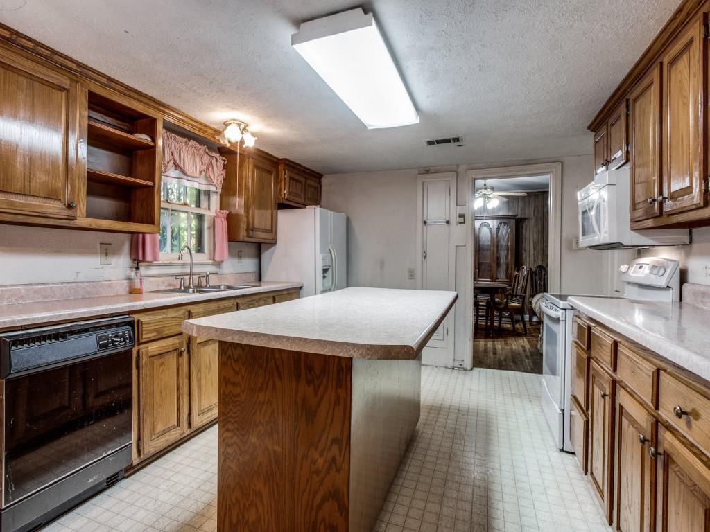 3315 Ledbetter  Drive, Dallas, Texas 75216 - acquisto real estate best style realtor kim miller best real estate reviews dfw