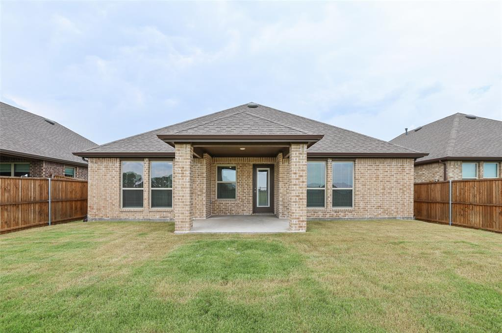 500 Cowboy  Way, Anna, Texas 75409 - acquisto real estate best realtor foreclosure real estate mike shepeherd walnut grove realtor