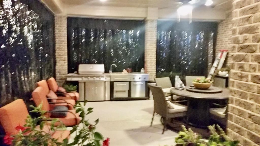 194 Horizon  Circle, Azle, Texas 76020 - acquisto real estate best plano real estate agent mike shepherd