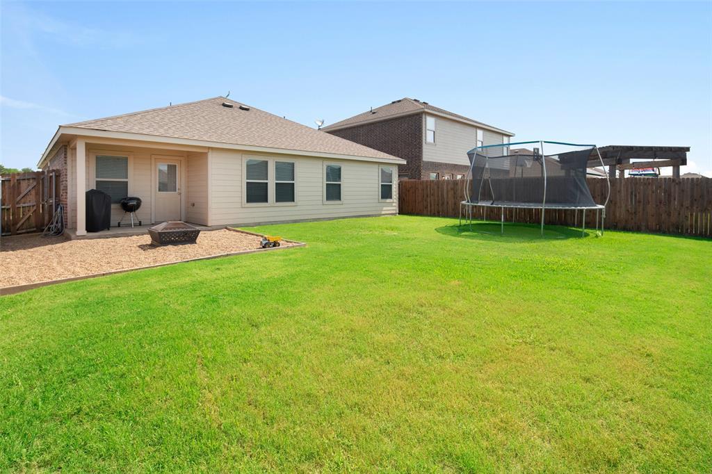 1107 Rainer  Drive, Princeton, Texas 75407 - acquisto real estate best listing photos hannah ewing mckinney real estate expert