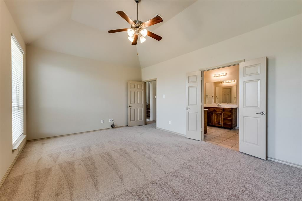 1929 Winter Hawk  Drive, Fort Worth, Texas 76177 - acquisto real estate best realtor dallas texas linda miller agent for cultural buyers