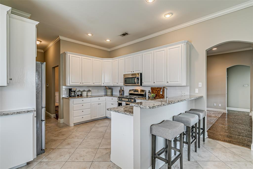 7308 Spring Oak  Drive, North Richland Hills, Texas 76182 - acquisto real estate best real estate company in frisco texas real estate showings
