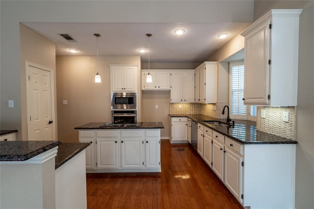 2647 Garden Ridge  Lane, Arlington, Texas 76006 - acquisto real estate best luxury buyers agent in texas shana acquisto inheritance realtor