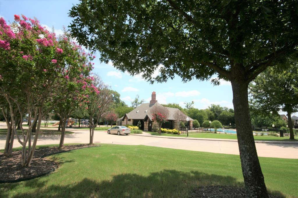 5108 Brookside  Drive, Denton, Texas 76226 - acquisto real estate agent of the year mike shepherd