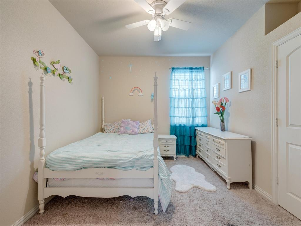 929 Viburnum  Drive, Fort Worth, Texas 76131 - acquisto real estate best investor home specialist mike shepherd relocation expert