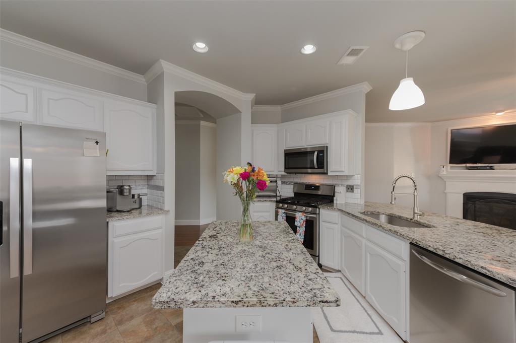 12740 Hannahsville  Lane, Fort Worth, Texas 76244 - acquisto real estate best allen realtor kim miller hunters creek expert