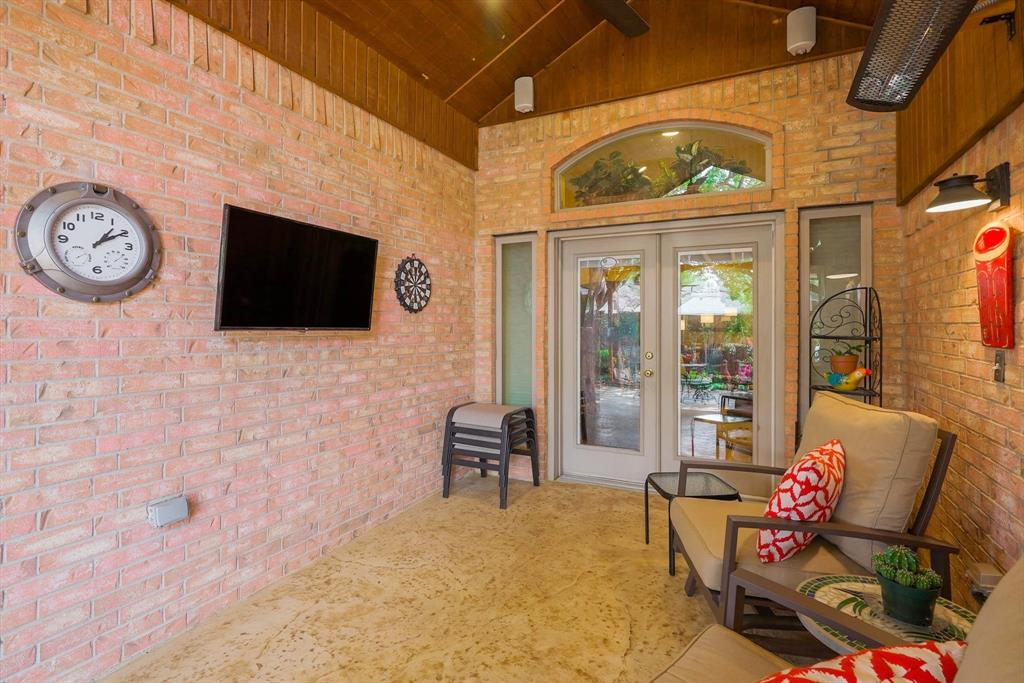 213 Longmeadow  Drive, Coppell, Texas 75019 - acquisto real estate best plano real estate agent mike shepherd