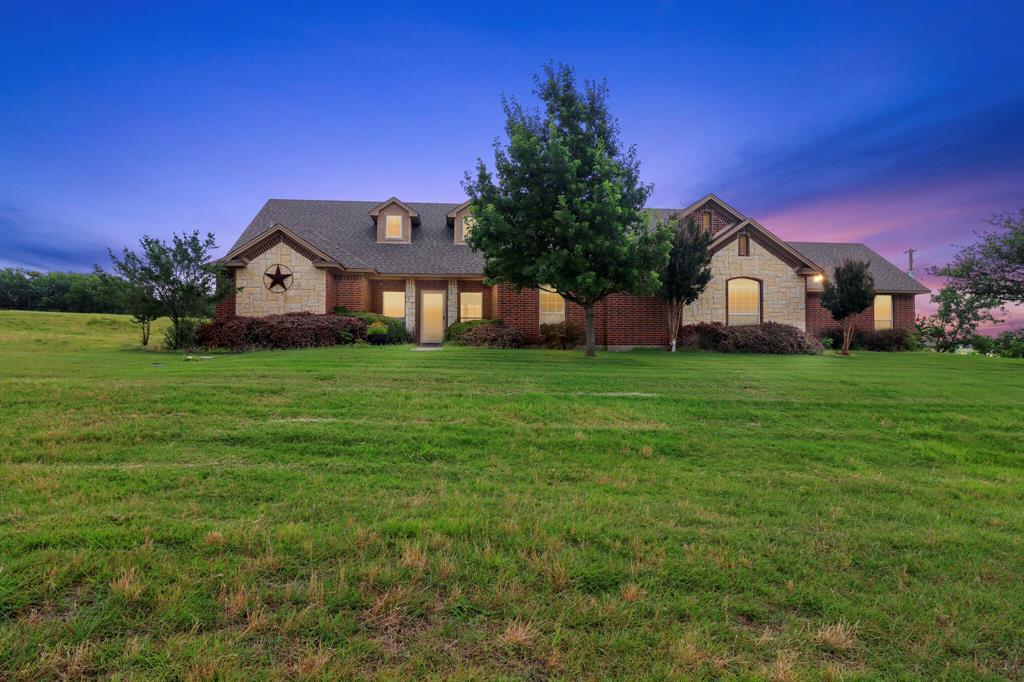 4760 Bonnie Brae  Street, Denton, Texas 76207 - Acquisto Real Estate best plano realtor mike Shepherd home owners association expert