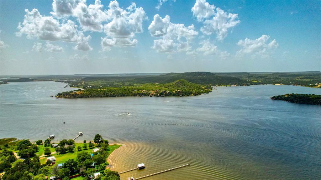 1957 Deer Trail  Road, Possum Kingdom Lake, Texas 76449 - acquisto real estate best park cities realtor kim miller best staging agent