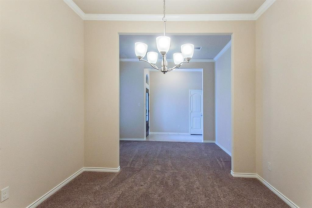 5025 Hidden Creek  Road, Garland, Texas 75043 - acquisto real estate best new home sales realtor linda miller executor real estate