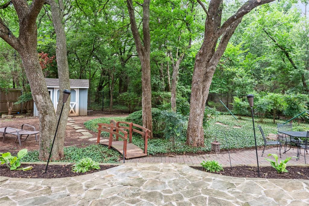 1121 Winding Creek  Drive, Grapevine, Texas 76051 - acquisto real estate best real estate company to work for