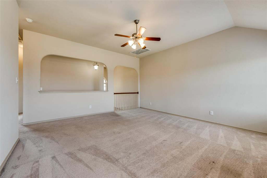 1929 Winter Hawk  Drive, Fort Worth, Texas 76177 - acquisto real estate best plano real estate agent mike shepherd