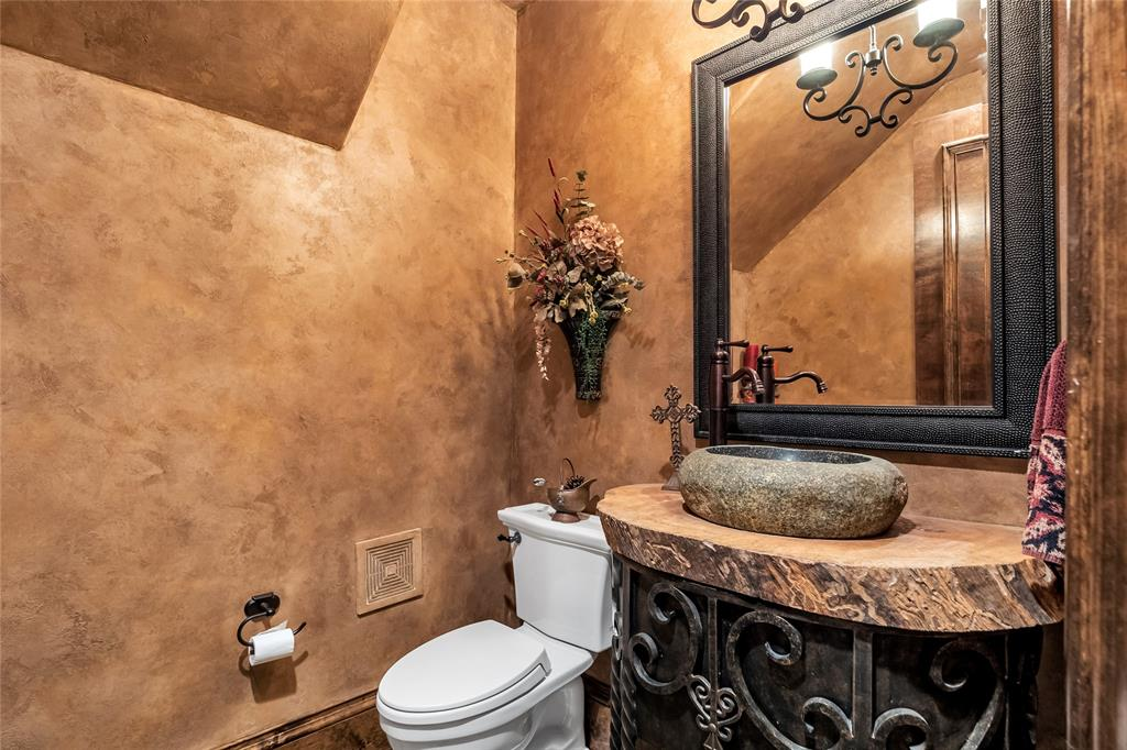 1325 Appaloosa  Circle, Bartonville, Texas 76226 - acquisto real estate agent of the year mike shepherd