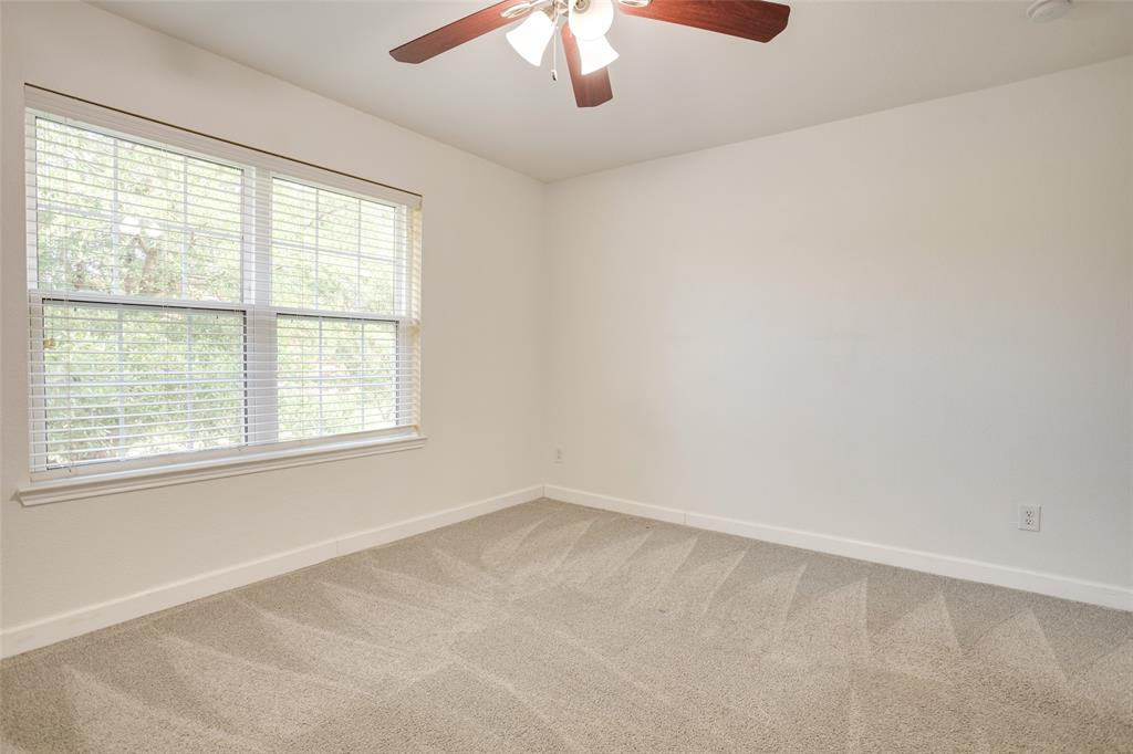 5712 Westgate  Drive, Fort Worth, Texas 76179 - acquisto real estate best park cities realtor kim miller best staging agent