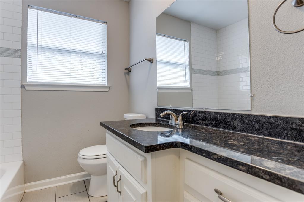 405 Benge  Street, McKinney, Texas 75069 - acquisto real estate best new home sales realtor linda miller executor real estate
