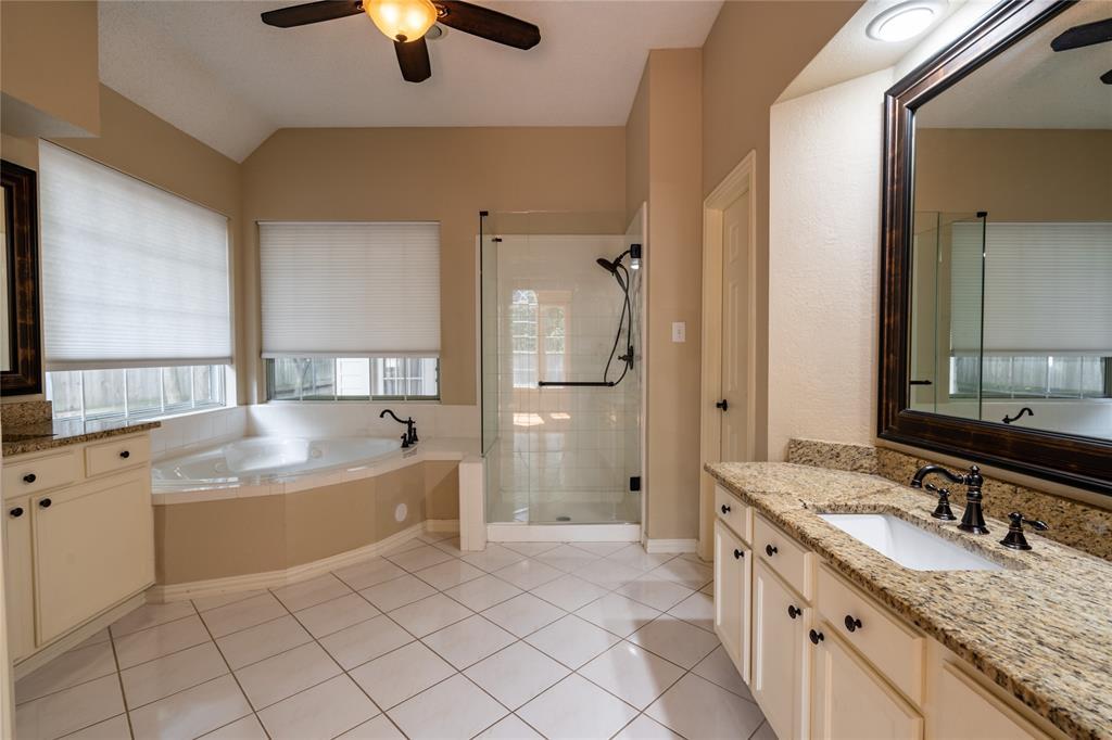 2647 Garden Ridge  Lane, Arlington, Texas 76006 - acquisto real estate best photos for luxury listings amy gasperini quick sale real estate