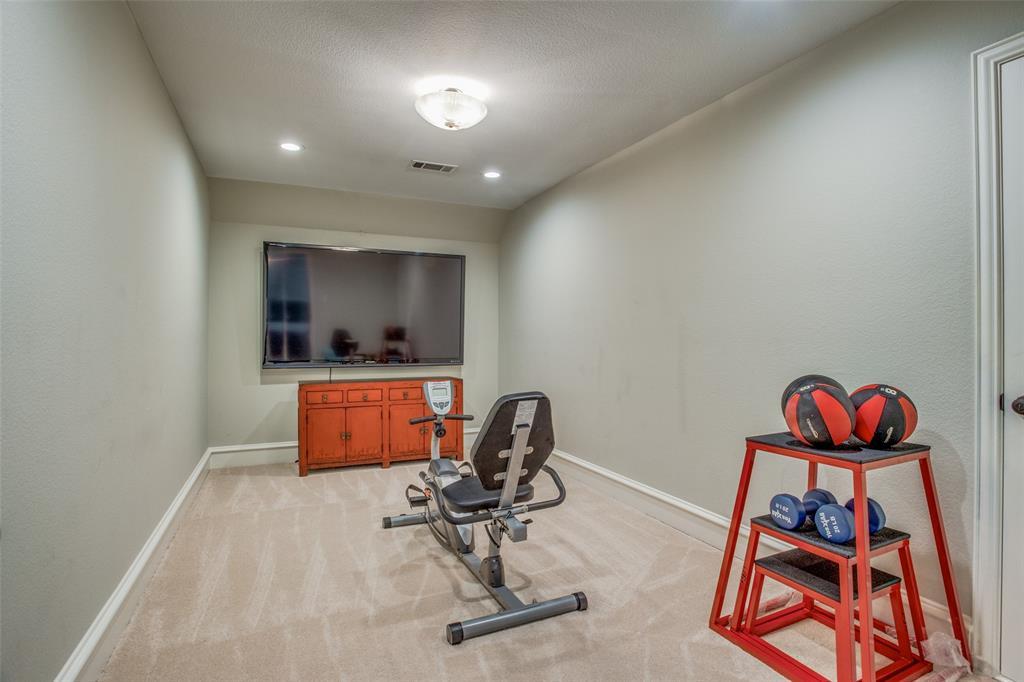8301 Strecker  Lane, Plano, Texas 75025 - acquisto real estate best frisco real estate agent amy gasperini panther creek realtor
