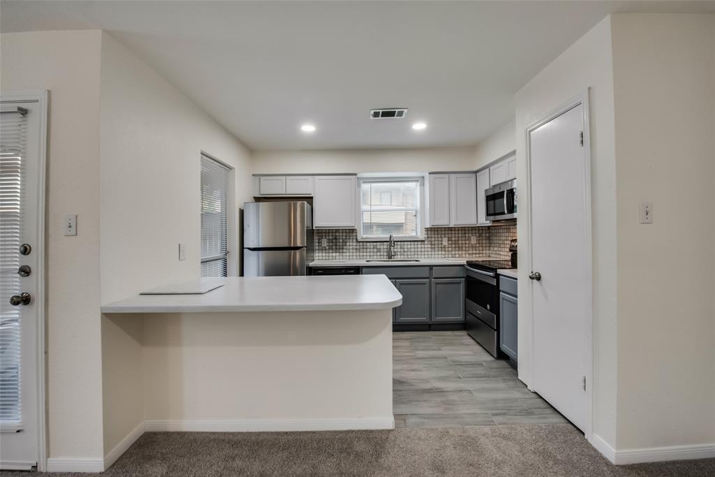 1204 Harwell  Drive, Arlington, Texas 76011 - acquisto real estate best highland park realtor amy gasperini fast real estate service