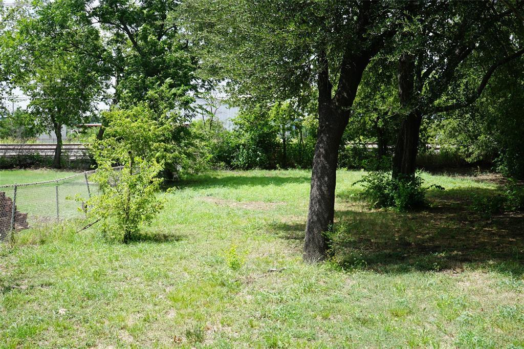 601 Circle  Drive, Arlington, Texas 76010 - acquisto real estate best frisco real estate agent amy gasperini panther creek realtor