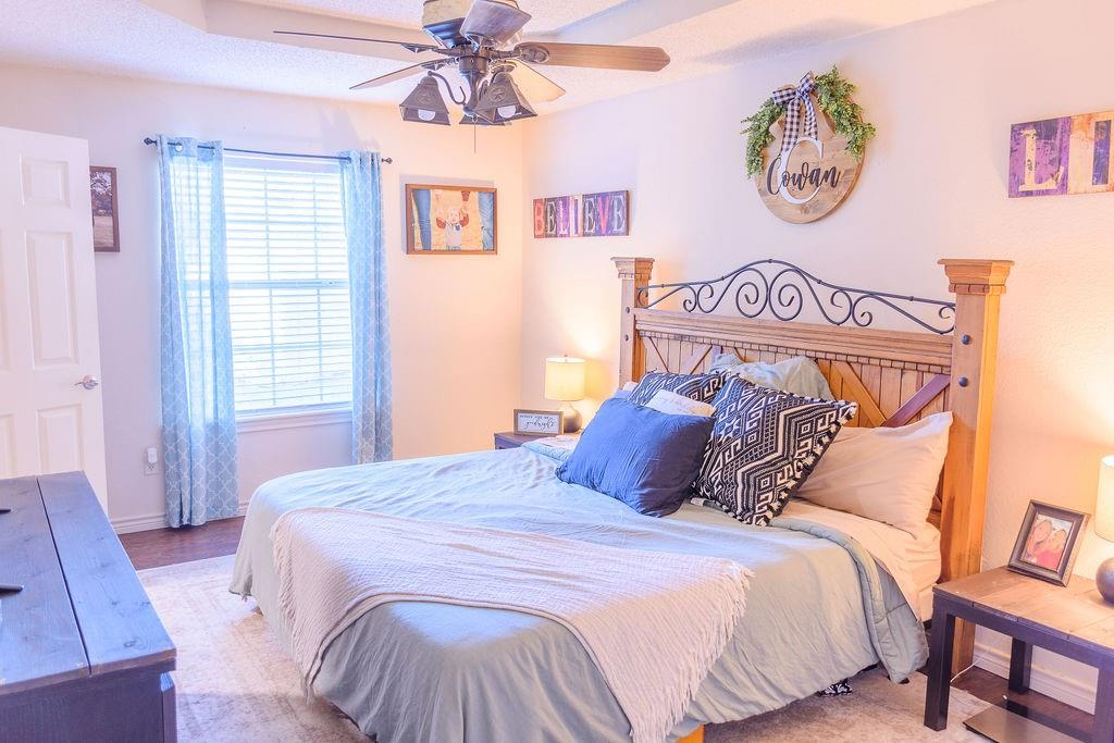 206 Hackberry  Drive, Greenville, Texas 75402 - acquisto real estate best designer and realtor hannah ewing kind realtor