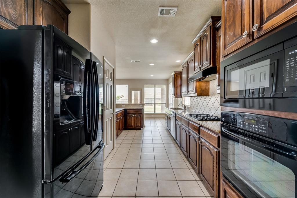 1929 Winter Hawk  Drive, Fort Worth, Texas 76177 - acquisto real estate best flower mound realtor jody daley lake highalands agent of the year