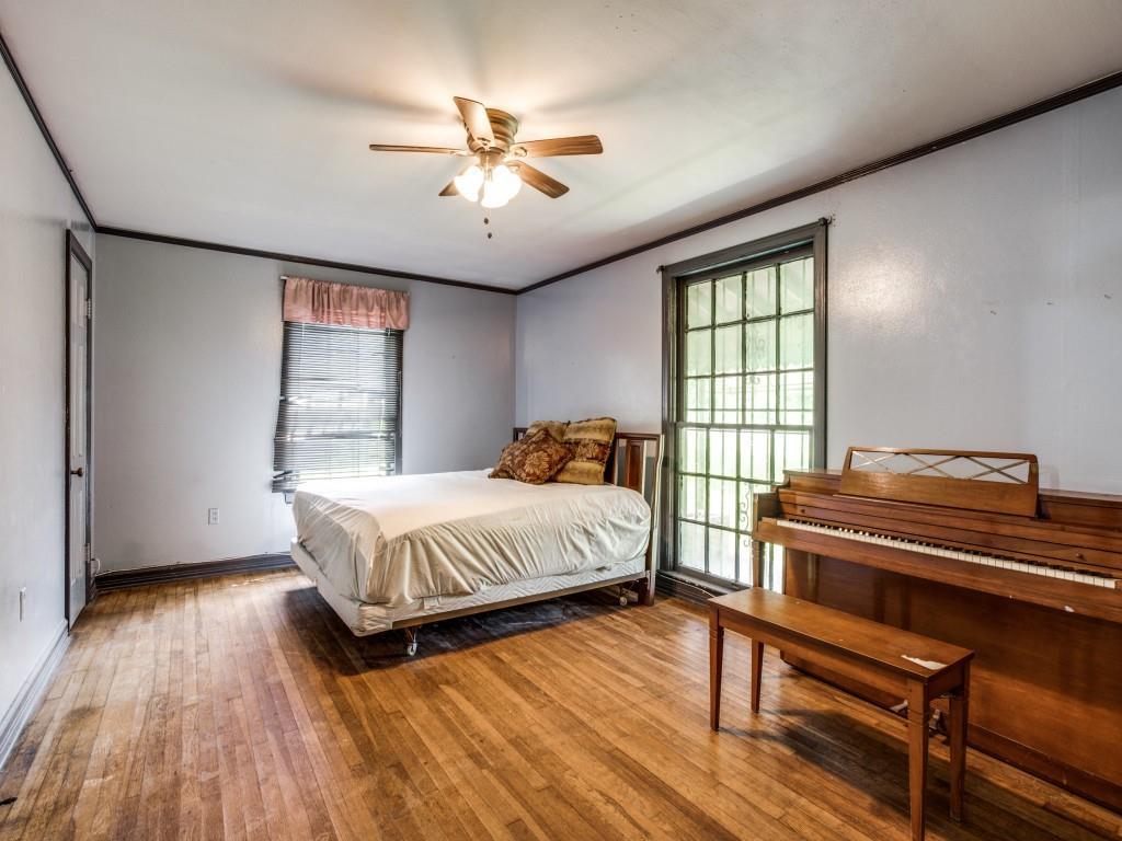 3315 Ledbetter  Drive, Dallas, Texas 75216 - acquisto real estate best realtor westlake susan cancemi kind realtor of the year