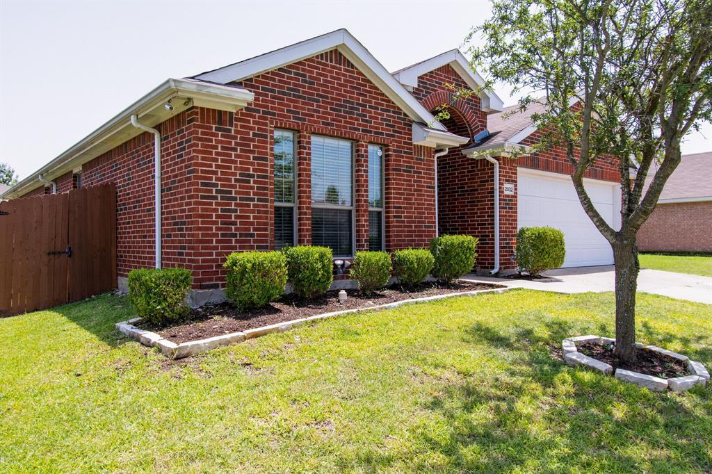 2032 Times  Road, Heartland, Texas 75126 - acquisto real estate best allen realtor kim miller hunters creek expert