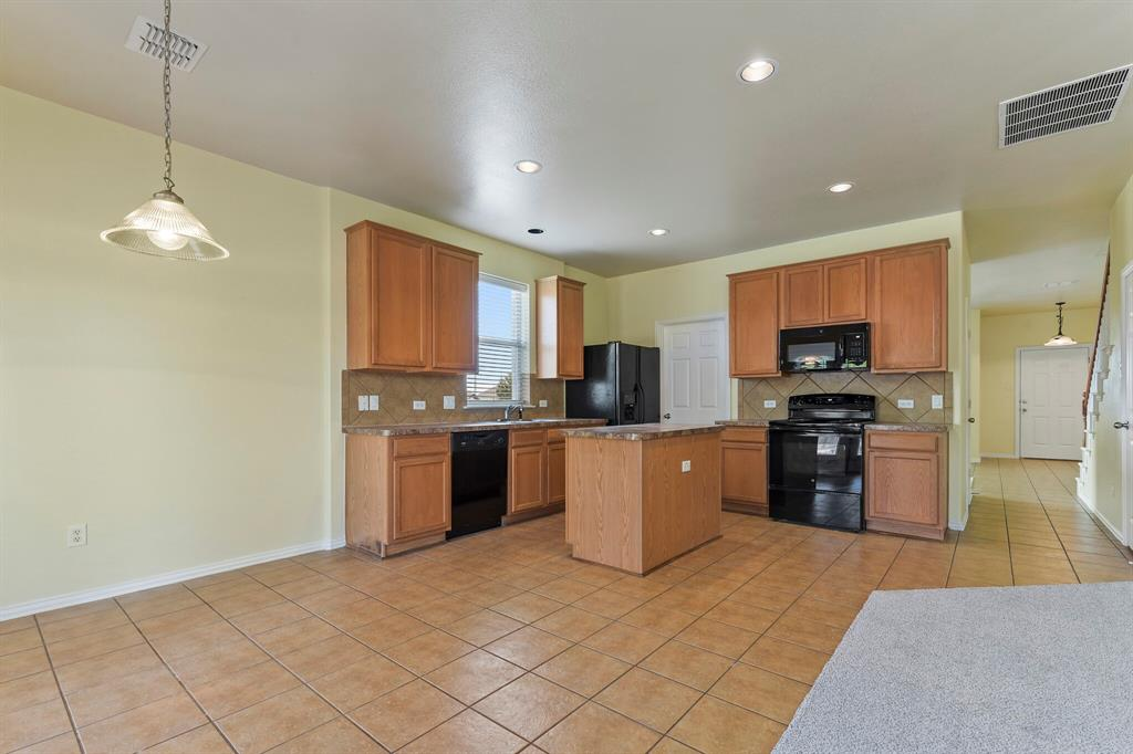5829 Water Ridge  Court, Fort Worth, Texas 76179 - acquisto real estate best celina realtor logan lawrence best dressed realtor