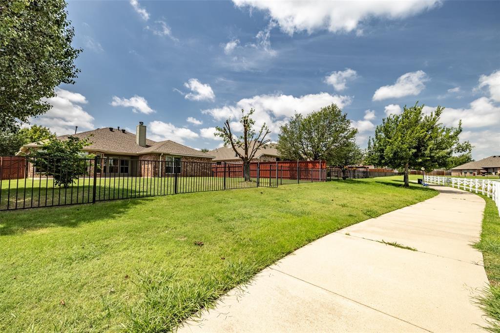 5108 Brookside  Drive, Denton, Texas 76226 - acquisto real estate best park cities realtor kim miller best staging agent