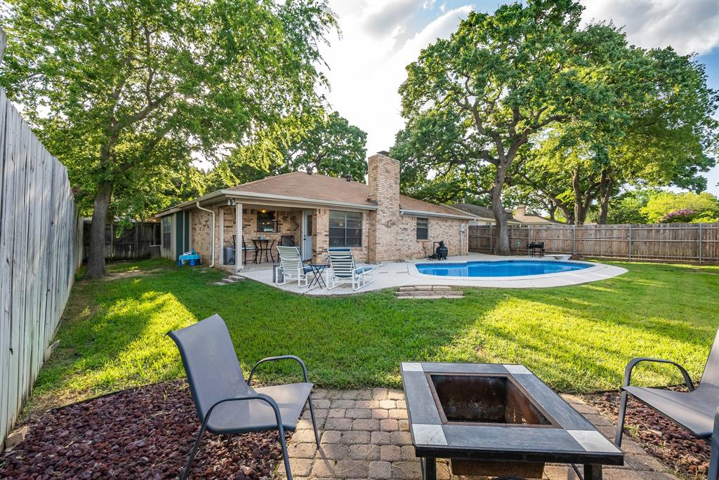 2732 Meadow Green  Bedford, Texas 76021 - acquisto real estate best listing photos hannah ewing mckinney real estate expert