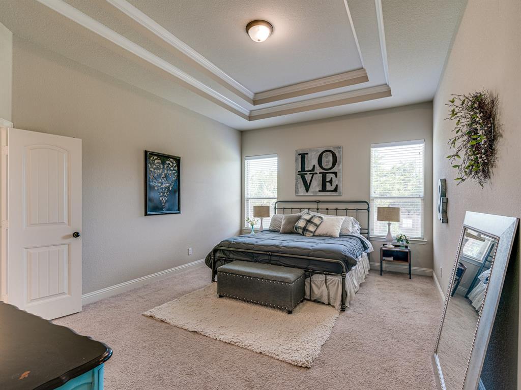 409 Hillstone  Drive, Midlothian, Texas 76065 - acquisto real estate best realtor foreclosure real estate mike shepeherd walnut grove realtor
